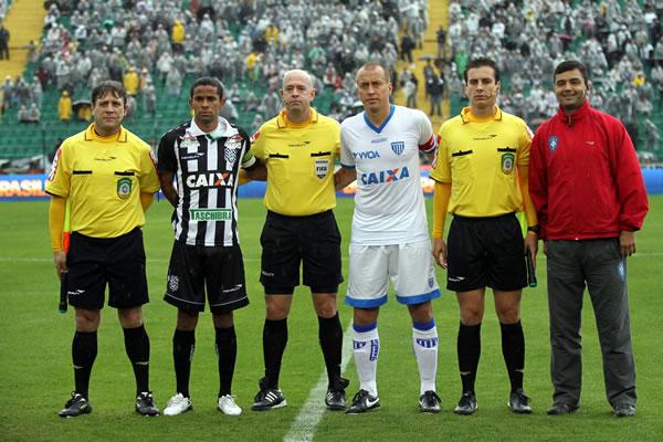 Eberval Lodetti,  Heber Roberto Lopes, Elton Nunes, Jefferson Schmidt. Foto: Jamira Furlani / Avaí