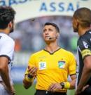 Catarinense Bráulio Machado se torna árbitro da Fifa